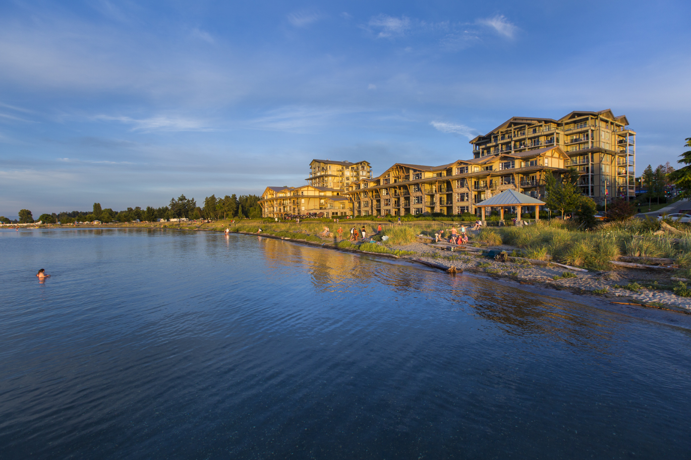 Beach Club, Parksville - 1 bedroom apartments **NEW**