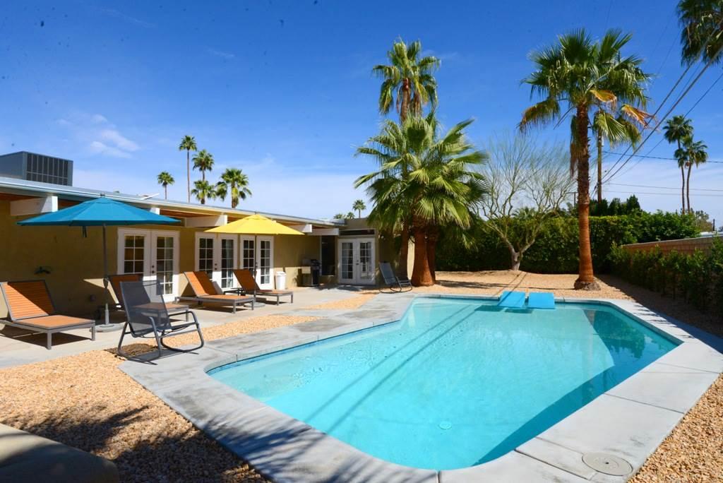 Palm Springs Villas In California