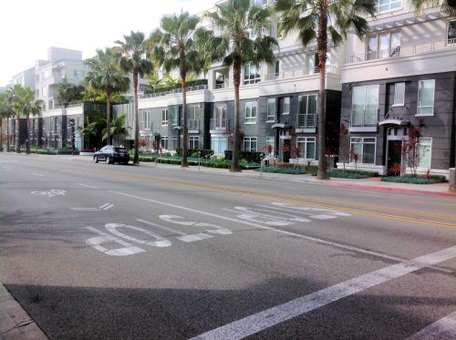 AKA Beverly Hills - 1 & 2 bedroom townhomes