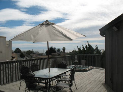 Soaking in Seacliff - 4 Bedroom Oceanview Home
