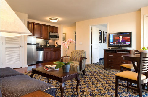 Newport Beach Suites - 1 and 2 bedroom apartments