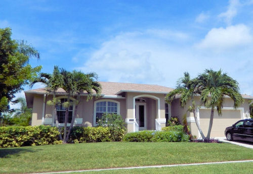 3 & 4 Bedroom - Marco Island Homes with Private Pool