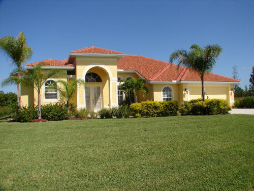 Cape Coral Executive Waterfront Home with Private Pool, 3 & 4 Bedrooms