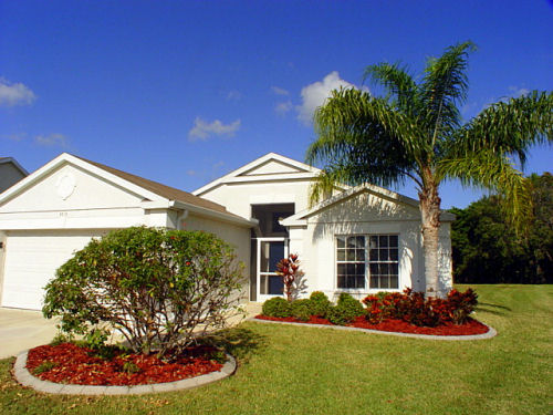 Bradenton Area Executive Homes with Private Pool - 3 & 4 bedrooms