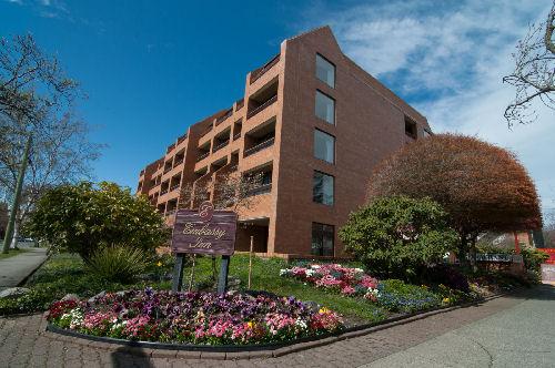 Embassy Inn Apartments, Victoria - Studios & 1 bedroom apartments