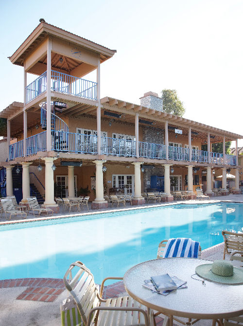Dolphins Cove Resort, Anaheim - 1 & 2 bedroom apartments