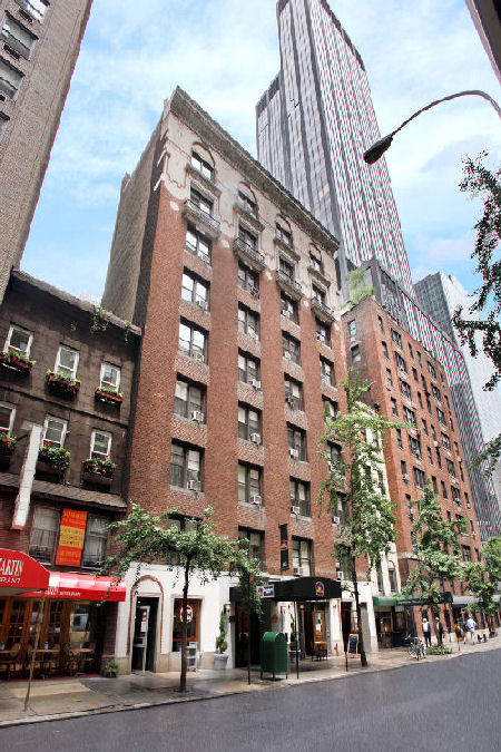 Best Western Hospitality House - 1 & 2 Bedroom Apartments and Penthouses