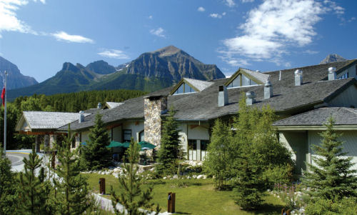 Lake Louise Inn - Studios, 1 & 2 bedroom apartments